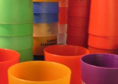 La Paeria elimina a partir de setembre la utilització d'ampolles i gots de plàstic d'un sol ús a totes les regidories